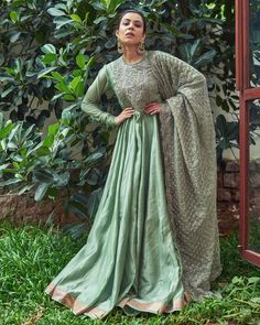 Jayanti Reddy, Dress Suits, Indian Ethnic, Simple Dresses, Anarkali, Indian Wear, Indian Outfits, Indian Fashion, Sari