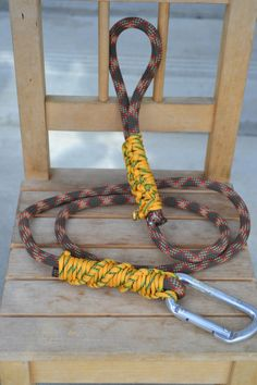 Rock Climbing rope dog leash with carabiner by GremsTrinkets, $25.00    I want this for my doggie!