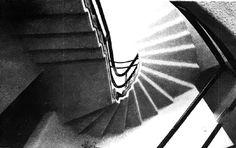 Detalle de escalera, Casa en Pedregal, Cascada 213, Jardines del Pedregal, San Ángel, México DF 1960  Arq. Enrique Castañeda Tamborrel -  Stair detail, House in Pedergal, Cascada 213, Pedregal, Mexico City 1960