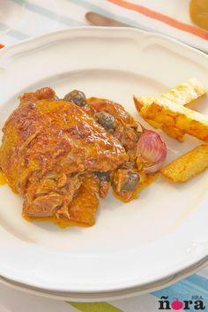 Pollo a la cazadora Pork, Chicken, Meat, Murcia, Spanish, Gastronomia, Salsa Chicken, Chicken Recipes, Appetizers