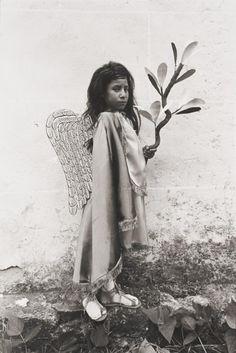 """Graciela Iturbide, """"Angelito,""""Chalma, México, 1982"""