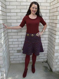 Amanda's Adventures in Sewing - Vogue 9154 - Textured wool skirt