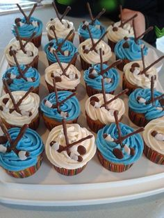 Hockey Fun Cupcakes