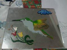 Colibrí pintado en espejo
