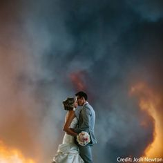 Incredible Wedding Photos of Couples That Go Above & Beyond - Winter Wonderland | Guff