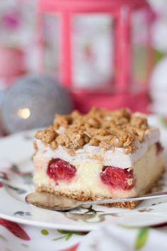 Lekki sernik z truskawkami i pianką bez cukru - Fitkot Food Cakes, Tiramisu, Cake Recipes, Pie, Ethnic Recipes, Schaum, Blog, Pies, No Sugar