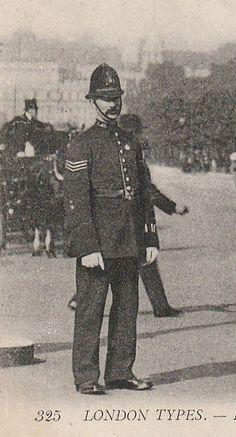 Edwardian Metropolitan Police Sergeant , (by Leonard Bentley) Police Sergeant, Police Officer, Police Cars, Vintage London, Old London, Cthulhu, Old Photos, Vintage Photos, Vintage Photographs