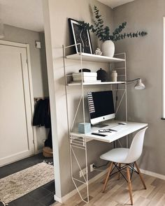 Home Desk, Home Office Desks, Office Decor, Desks For Small Spaces, Small Rooms, Alice Fox, Room Design Bedroom, My New Room, Living Room Interior