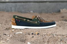 We're now able to get a full look at the Sebago Spring/Summer 2012 Collection topped off last week, which includes a full line-up of footwear further proving Best Boat Shoes, Business Casual Attire For Men, Sailing Shoes, Louis Vuitton Men Shoes, Leather Cowboy Hats, Gentleman Shoes, Formal Shoes For Men, Mocca, Timberlands Shoes