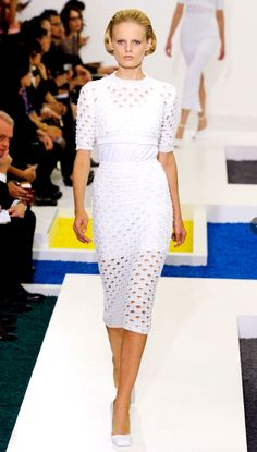 edie new york, loves the freshness of this look, great for a summer day in the city  Jill Sander - Spring/Summer 2012
