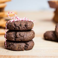 Chewy Gluten-Free Molasses Cookies just in time for Christmas
