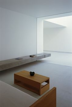 White Cave House,Courtesy of Takuro Yamamoto Architects Image 5 of 17 from gallery of White Cave House / Takuro Yamamoto Architects. Courtesy of Takuro Yamamoto Architects Interior Design Minimalist, Minimalist Architecture, Minimalist Home Decor, Japanese Architecture, Minimalist Living, Modern Minimalist, Home Interior Design, Interior Architecture, Minimalist Kitchen