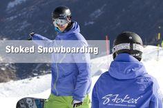 #Schneesportbekleidung mit #Textildruck für die Ski- und Snowboardlehrer von Stoked.ch Ski And Snowboard, Snowboarding, Skiing, Zermatt, Athletic, Fashion, Textile Printing, Sports Apparel, School