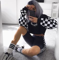 edgy outfits over 40 Hipster Outfits, Edgy Outfits, Mode Outfits, Grunge Outfits, Outfits For Teens, Girl Outfits, Fashion Outfits, School Outfits, Summer Outfits