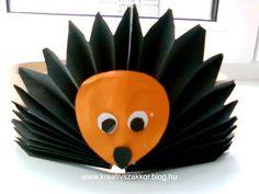 Risultati immagini per herbst paper craft Fun Crafts, Diy And Crafts, Arts And Crafts, Diy For Kids, Crafts For Kids, Crown For Kids, Paper Crowns, Diy Crown, Paper Towel Rolls