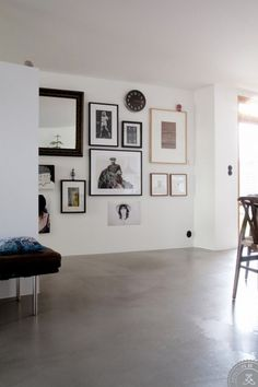 How to design a gallery wall to match your home decor style Inspiration Wall, Interior Inspiration, Home Renovation, Home Remodeling, Interior Architecture, Interior And Exterior, Style At Home, Frames On Wall, Wood Frames