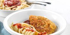 Recept voor heerlijk Piccata Milanese met zelf gepaneerde varkenshaas en pasta van spaghetti en basil pastasaus.