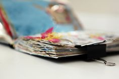 a bunch of information about sketchbooks and art journaling books