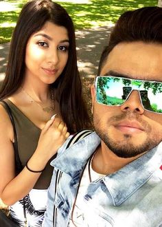 Singer Akhil in a selfie in January Mirrored Sunglasses, Mens Sunglasses, Mp3 Song Download, January 2018, Height And Weight, Music Icon, Hd Photos, Indian Fashion, Girlfriends