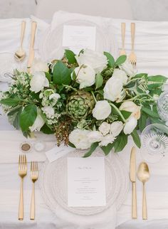 Al fresco green centerpiece: Photography : Whitney Heard Read More on SMP: http://www.stylemepretty.com/florida-weddings/osprey-florida/2016/07/12/rolling-fog-inspired-this-romantic-florida-photo-shoot/