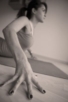 using hands like straws in your yoga practice