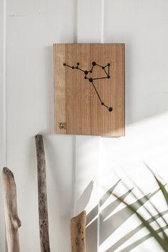 Drewniany Obrazek z Konstelacją Strzeleca - woodtemple - Ozdoby na ścianę