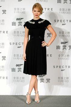 Léa Seydoux en robe Miu Miu au photocall du film Spectre à Pékin http://www.vogue.fr/mode/inspirations/diaporama/les-meilleurs-looks-de-la-semaine-novembre-2016-clbrits-red-carpet/23643#la-seydoux-en-robe-miu-miu-au-photocall-du-film-spectre-pkin