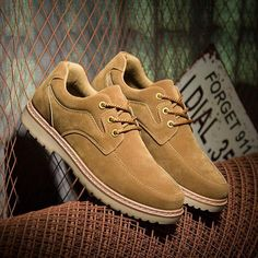 Cheap shoe statue, Buy Quality shoe brand directly from China shoes ecco Suppliers: 2017 Hot Sale Men Shoes Leather Big Size High Quality Fashion Men's Casual Shoes European Style Mens Tooling Shoes Flats Oxfords Sneakers Fashion, Fashion Shoes, Mens Fashion, Sock Shoes, Men's Shoes, Shoe Advertising, Creative Shoes, Hype Shoes, Leather High Tops