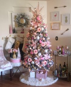 christmas tree pink Im dreaming of a pink Christmas! Pineapple and Flamingo Christmas Artificial fir tree as Christmas decoration A synthetic Christmas Tree or perhaps a real one Lover Pink Christmas Tree Decorations, Christmas Tree Design, Xmas Tree, Holiday Decor, Fir Tree, Girly Christmas Tree, All Things Christmas, Christmas Time, Christmas Crafts