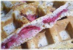 Meggyes-mákos gofri French Toast, Fruit, Breakfast, Food, Waffles, Morning Coffee, Essen, Meals, Yemek