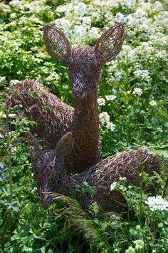 Portfolio - Emma Stothard - Sculptor   Willow Sculpture and Wire Sculpture   North Yorkshire, UK
