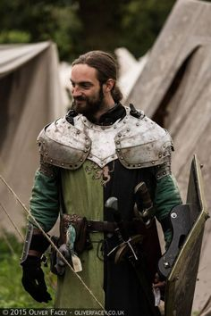 A place to rate and find ideas about LARP costumes. Anything that enhances the look of the character including clothing, armour, makeup and weapons if it encourages immersion for everyone.
