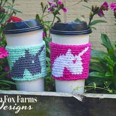 Happy Friyay! So excited to share this Awesome new Free Crochet Pattern with y'all! ❤️ Introducing the Crochet Unicorn Coffee Cozy Pattern! ☕ Who here is a little obsessed with coffee, like me?  How about Unicorns?  Then you will love my new Free Unicorn Coffee Cozy Crochet Pattern!  The pattern is FREE on my blog! Link in profile!  These would also make a fantastic gift for the coffee lover in your life.  Please note that your Awesome Unicorn Coffee Cozy will make you the envy... Crochet Ideas, Crochet Projects, Free Crochet, Crochet Patterns, Coffee Cozy Pattern, Unicorn Coffee, Coffee Cup Holder, Crochet Unicorn, Scarf Crochet