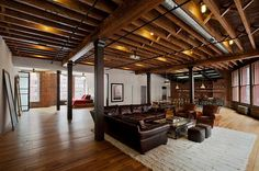 This is what I call a loft. - Franklin Street Loft - Tribeca, New York Exposed Basement Ceiling, Industrial Basement, Basement Lighting, Industrial Style, Industrial Design, Warm Industrial, Open Ceiling, Rustic Basement, Basement Ceilings