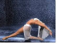 Resultado de imagem para dance in the rain