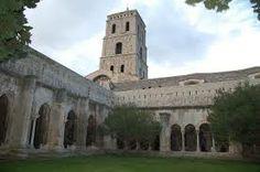Cloitre St-Troiphime, Arles