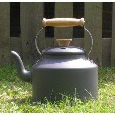 Traditional Large 5 pint kettle made by Netherton Foundry in #Shropshire - £130.00