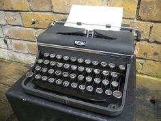Vintage Typewriter - Royal Universal - 1930s by typewritersetc on Etsy
