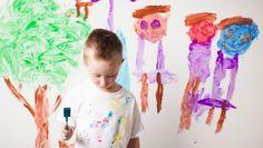 Experten warnen davor, aus Kinderzeichnungen vorschnell auf die Entwicklung zu schließen. Nicht alle Kinder malen gut und gern.
