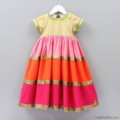 Frocks For Girls, Kids Frocks, Little Girl Dresses, Girls Dresses, Baby Dresses, Kids Party Wear, Kids Wear, Kaftan Designs, Frocks And Gowns