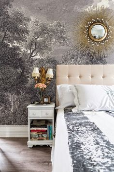 Valorie Hart interior design-photo by Sara Essex Bradley - Wall Treatments Deco Addict, Interior Design Photos, Ivy House, Pretty Bedroom, Cool House Designs, Wall Treatments, Beautiful Bedrooms, Interior And Exterior, Bedroom Decor