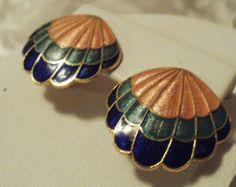 Vintage earrings, scallop shell earrings, cloisonne enamel earrings, peach, green, blue earrings, clip-on earrings