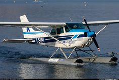 Cessna 172N aircraft picture