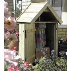 Outdoor Delivery Boxes and Parcel Delivery Hut. Secure parcel delivery boxes to keep your courier parcels safe and dry.