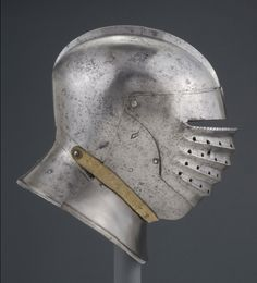 Philadelphia Museum of Art - Collections Object : Close Helmet Medieval Helmets, Medieval Weapons, Medieval Life, Armor Of God, Suit Of Armor, Arm Armor, Body Armor, Maleficarum, Neck Bones