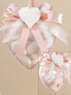 Tutto per bomboniere. Clicca e scopri le idee Italian Wedding Favors, Wedding Favours, Party Favors, Wedding Gifts, Diy And Crafts, Paper Crafts, Sweetest Day, How To Make Ribbon, Diy Embroidery