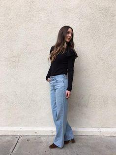 #flares #denim #jeans #blacktop #zara #womensfashion #winterfashion #winterlooks #longhair #brownhair #hairgoals #blackruffletop #blackruffles #blackshirt #longsleeveshirt
