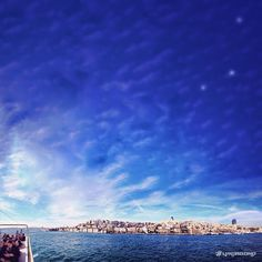 Crossing the Bosphorus from Istanbul, the strait that connects Europe and Asia /// #wanderlust #travel #vinjabond