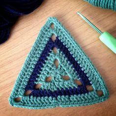 Granny Bunting Triangles Crochet ️ Pinterest Attic