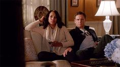 Luv this moment. So real. Fitz said so many things with that hand. It stole the scene by far.